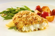 almond crusted cod fish potatoes green beans lemon food packaging photography